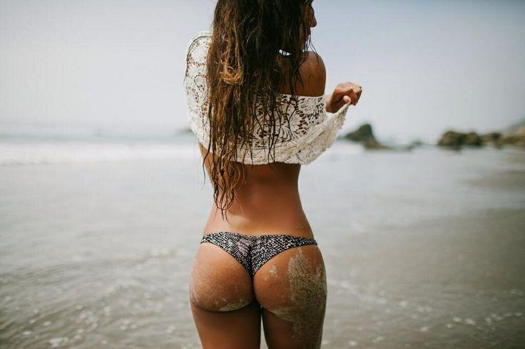 Eden nude model